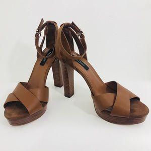WHITE HOUSE BLACK MARKET shoes platform brown 9M